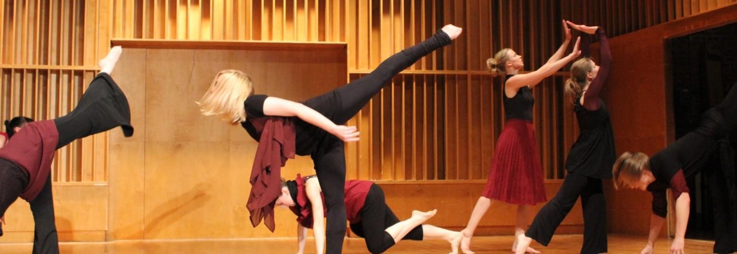Dance  (319)